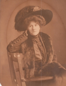 Daysie Hall circa 1927- How she loved hats!.
